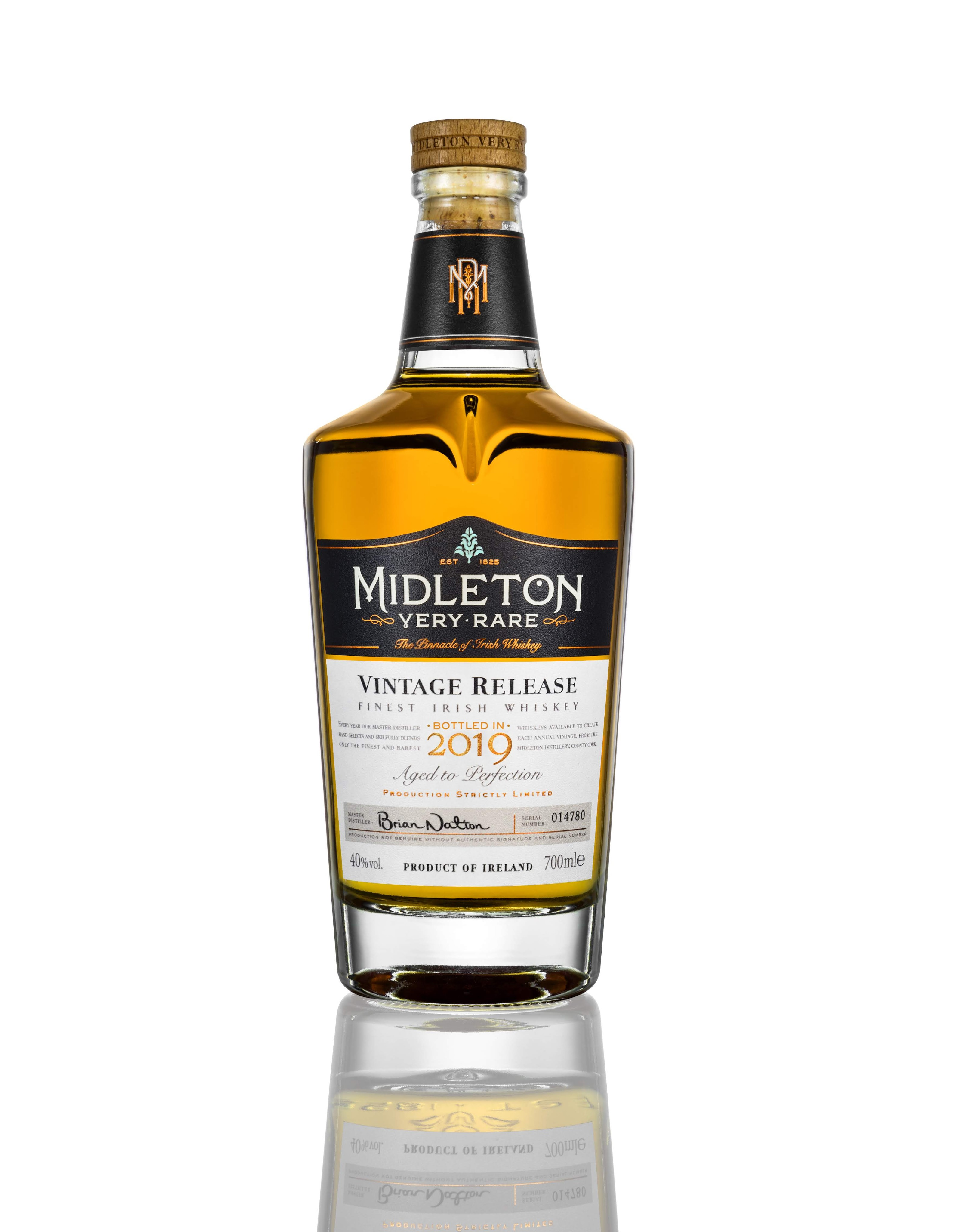 midleton-bottle-on-white-700_2019